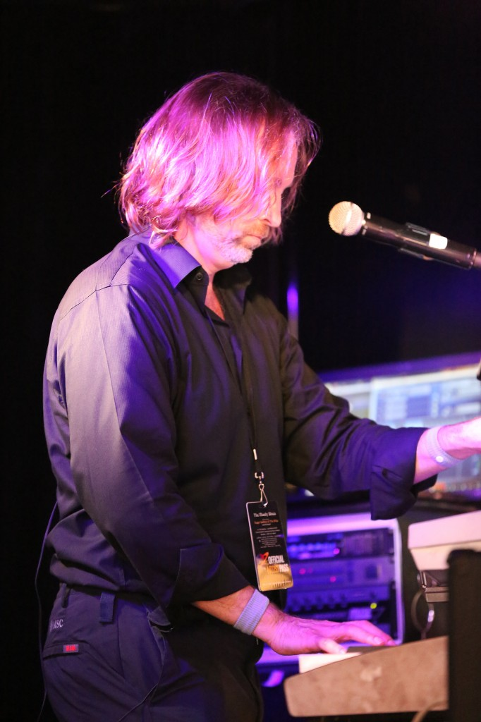 Andrew Colyer Performs with the Prog Rock Orchestra on the 2014 Moody Blues Cruise