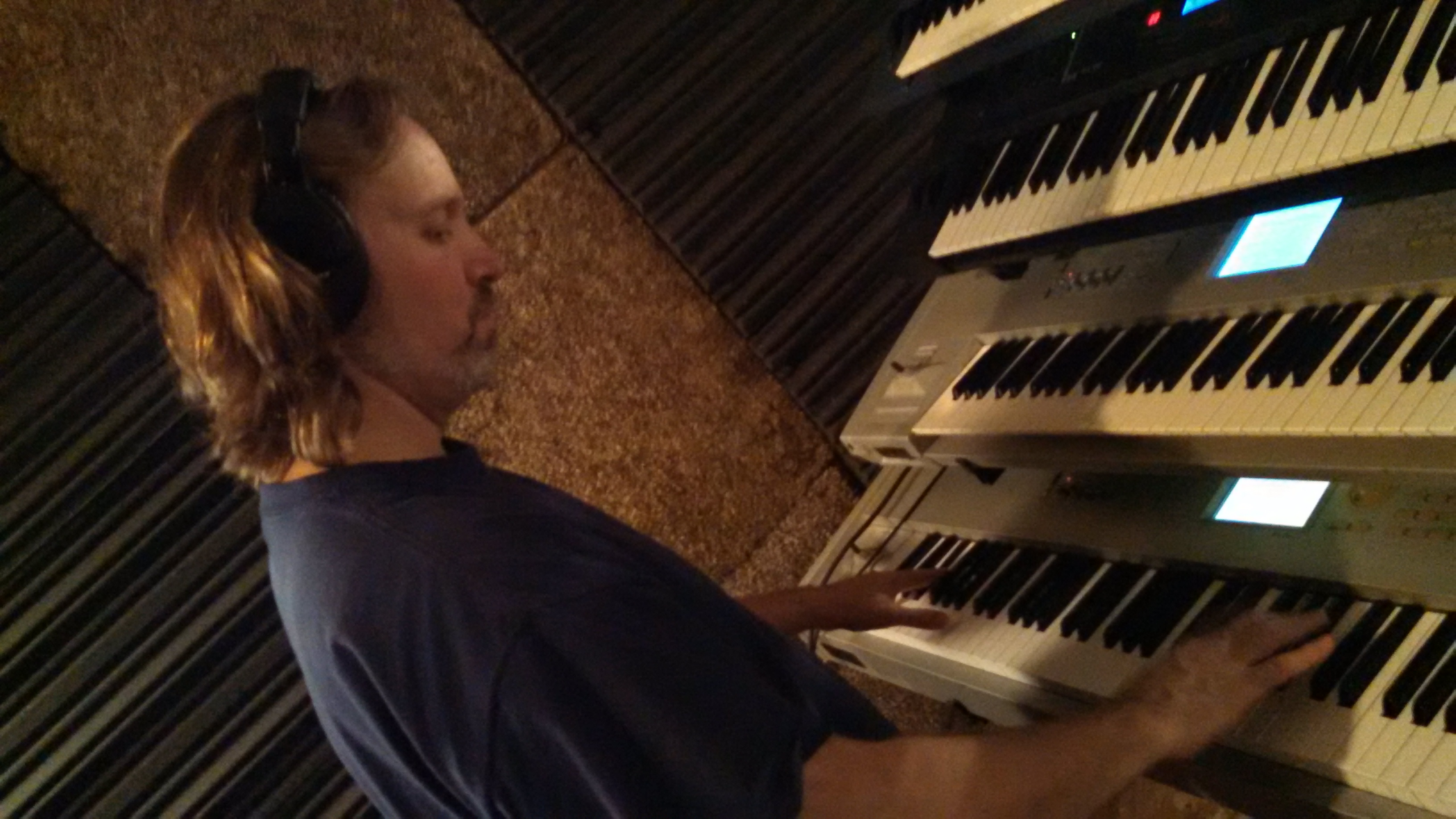 Andrew Colyer writing original modern progressive rock music with Circuline