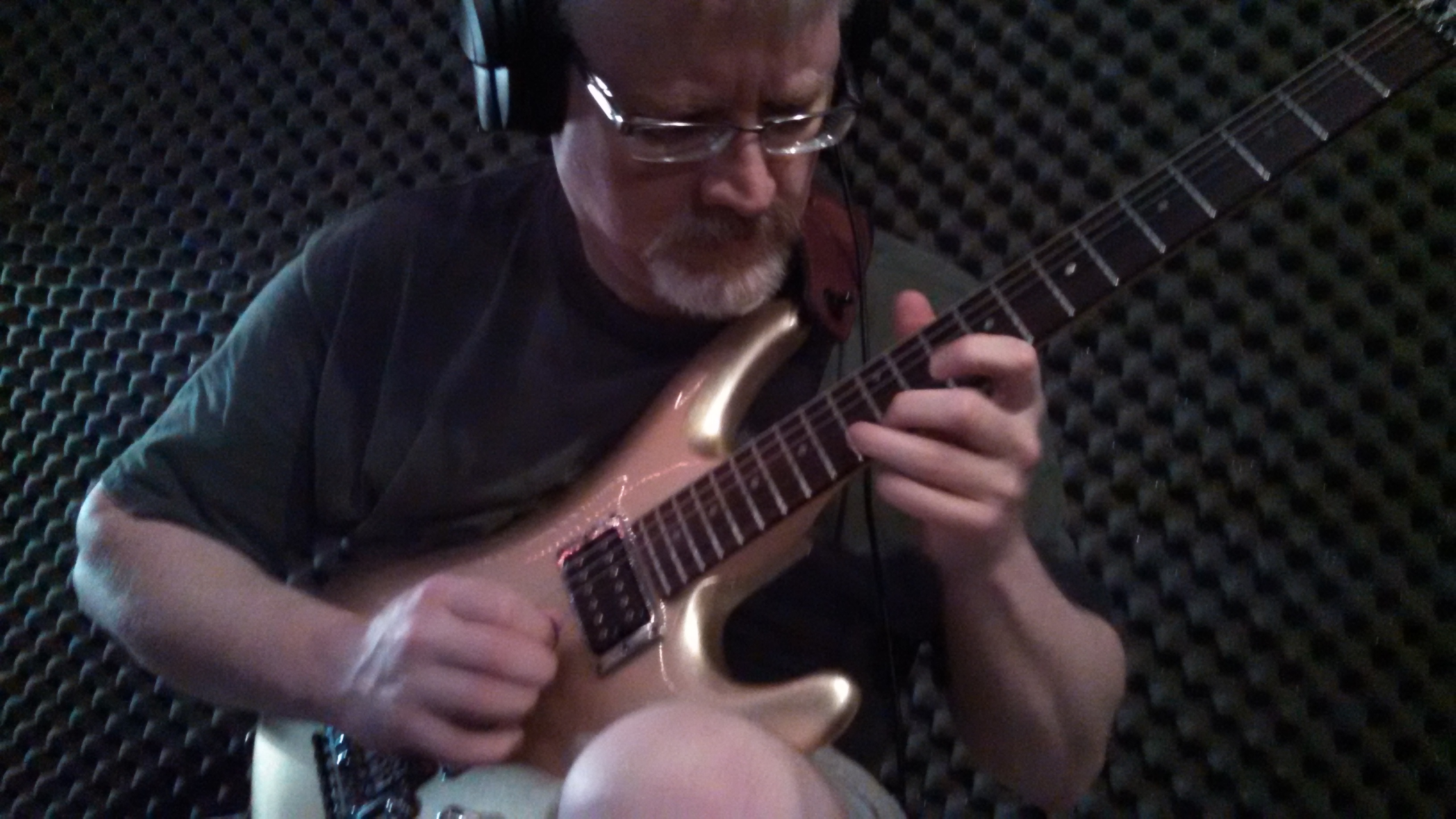 Circuline's Bill Shannon in The Cave.